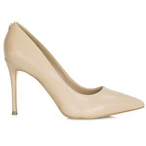NWOT Guess Beige Point-Toe Leather Stiletto Pump 6